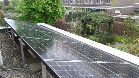 Installatie van Solaria PV met maatwerkframe