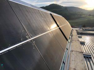 Suncrest in Zwitserland installeert 192 zonnepanelen op een hondenvoerfabriek 2