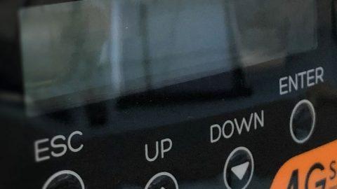 Hoe kun je de omvormer monitoren in het portaal of een App?